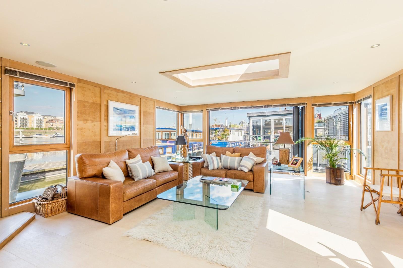 Mr Price Home Design Quarter 3 Bedroom Property For Sale In Riverside Quarter Moorings