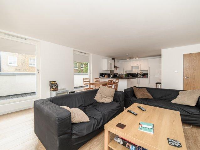 2 Bedroom Property To Let In Gresham Road Brixton 430 Pw
