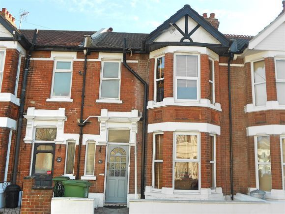 3 Bedrooms Property for sale in Winter Road, Southsea