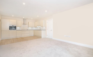 674 Sq ft in Dorking town centre