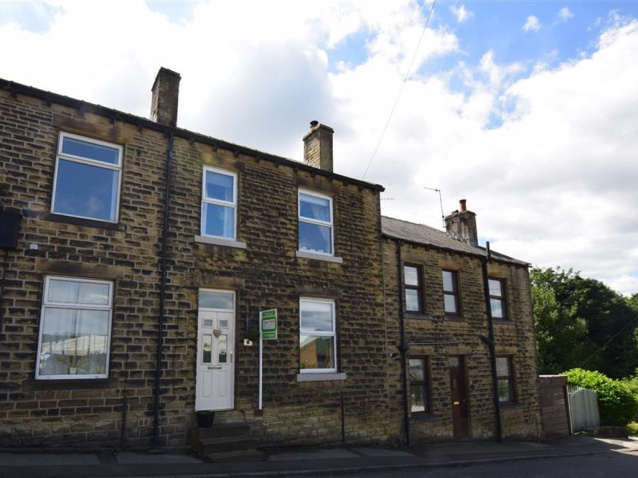 PROPERTY IN THE HIGHLY DESIRABLE AREA OF MELTHAM CLOSE TO WELL REGARDED LOCAL SCHOOLING AND PROXIMITY VILLAGE CENTRE THIS FAMILY HOME