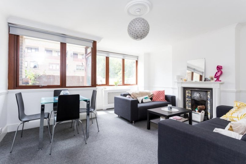 Maisonette to rent in Shoreditch - Purcell Street, Hoxton, N1