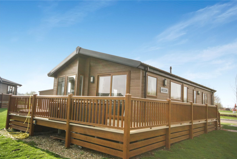 Bungalow for sale in Sleaford - Misty Bay, Tattershall Lakes Country Park, Sleaford Road, LN4