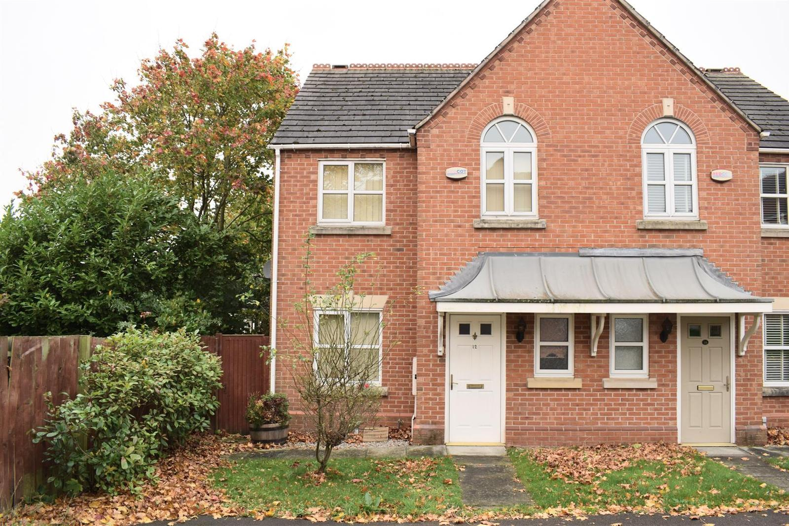 3 Bedrooms Detached House for sale in Coronation Street, Swadlincote