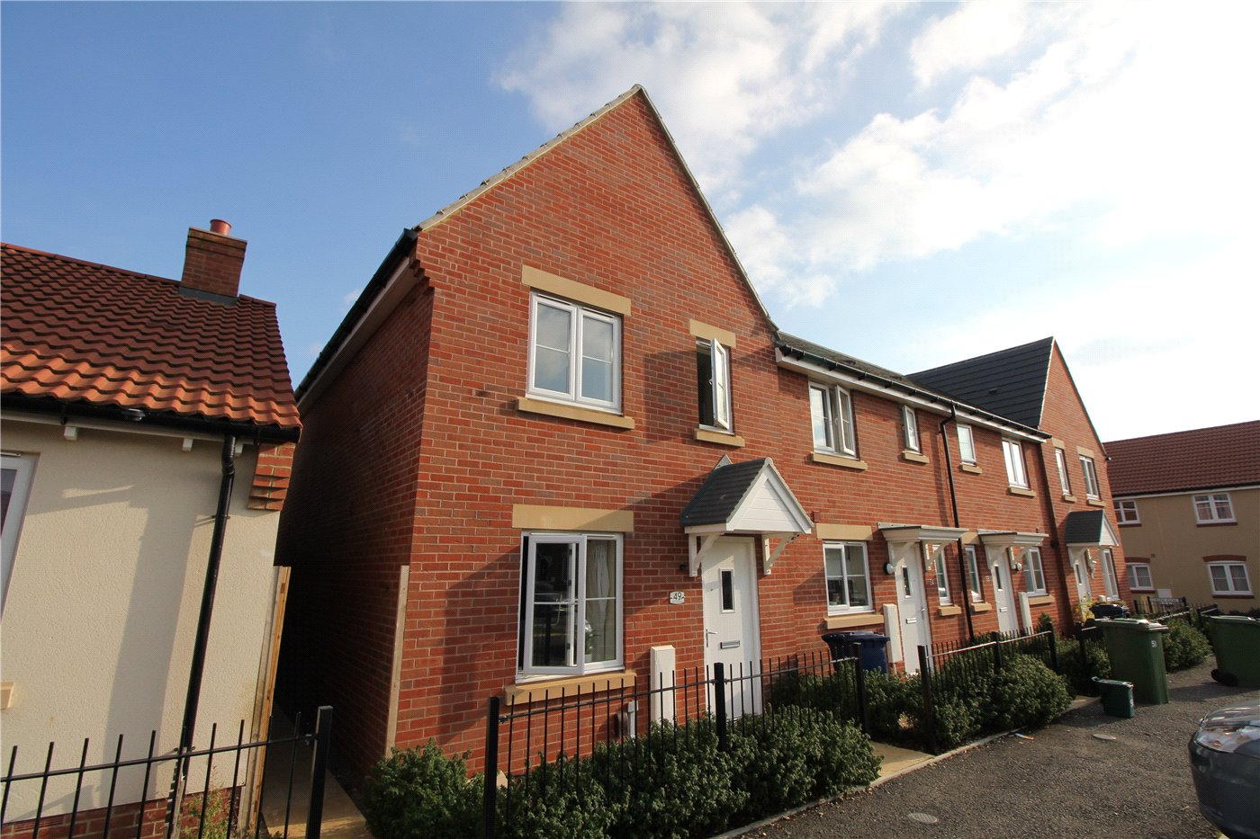 Bed Houses To Rent In Bishops Cleeve