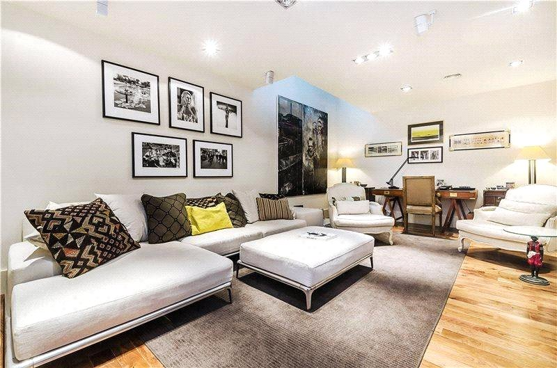 House for sale - Queen's Gate Mews, London, SW7