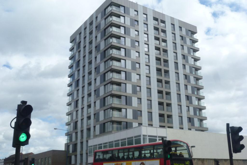 Flat/apartment to rent in Harrow - Premier House, 112 Station Road, Edgware, HA8