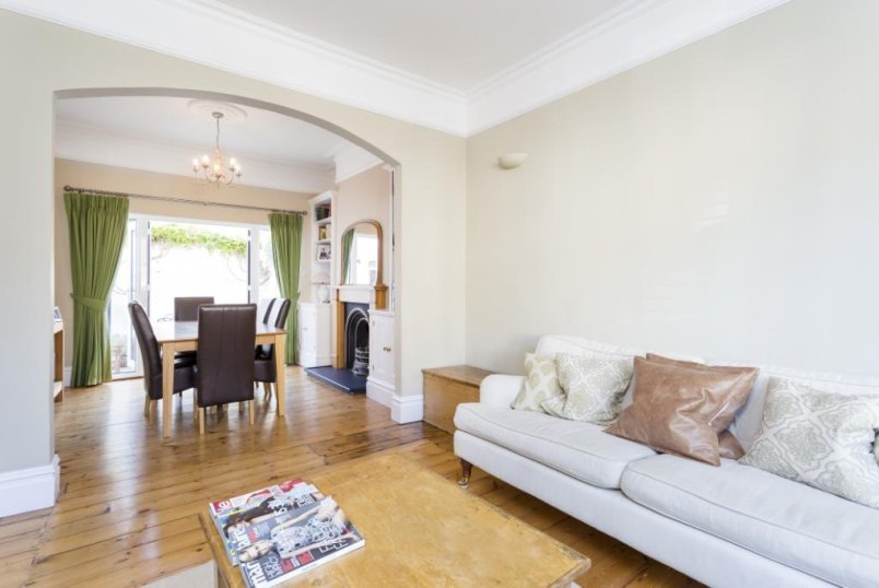 House to rent in Southfields - Bective Road, London, SW15