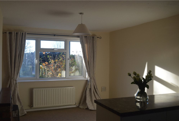 3 bedroom property to let in Crown Cottages Humberton