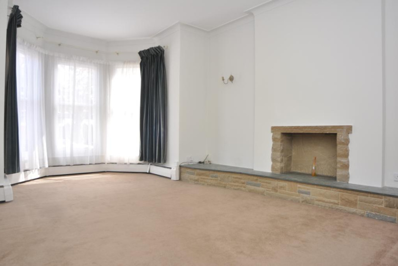 Flat/apartment to rent in Palmers Green - Broomfield Avenue, London, N13