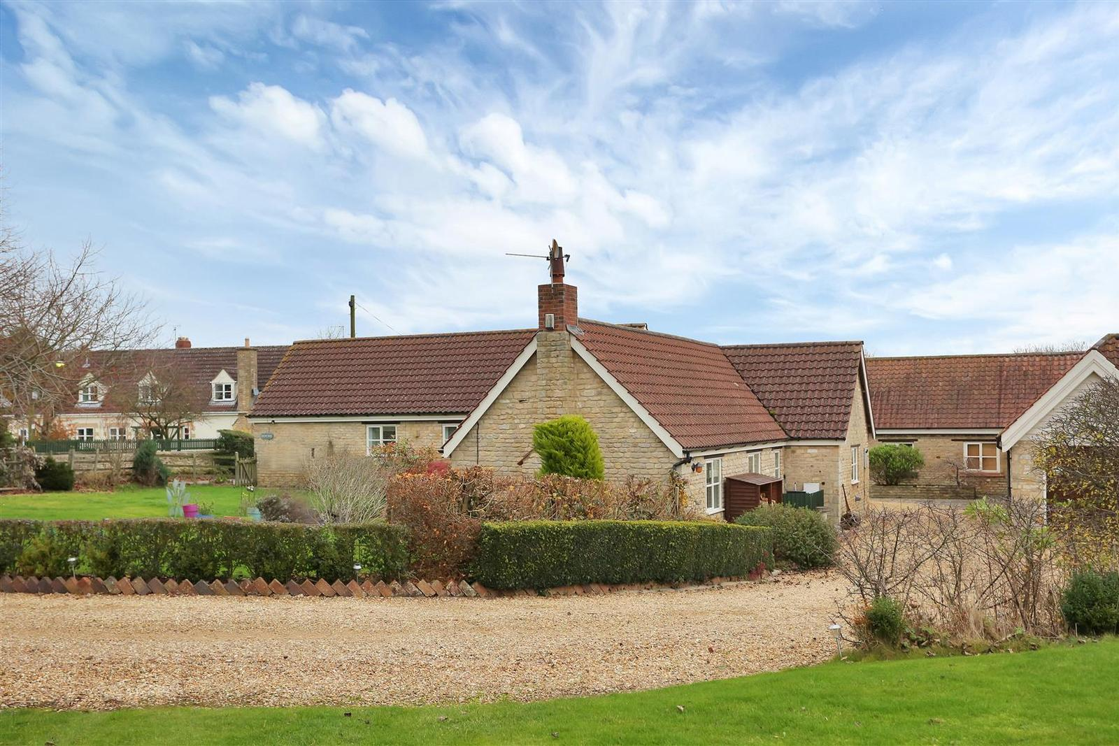 3 Bedrooms Property for sale in Rookery Lane, Stretton, Rutland