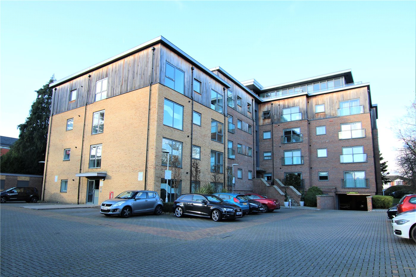 2 Bedroom Property For Sale In Priory Point 36 Southcote