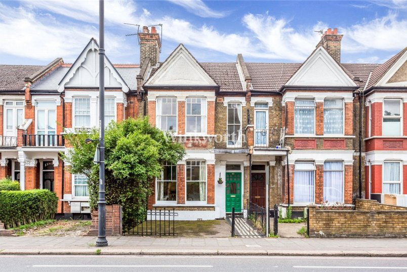 Flat/apartment for sale in Harringay - Bruce Grove, London, N17