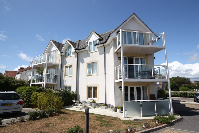 Flat/apartment for sale - Penrith Road, Bournemouth, Dorset, BH5