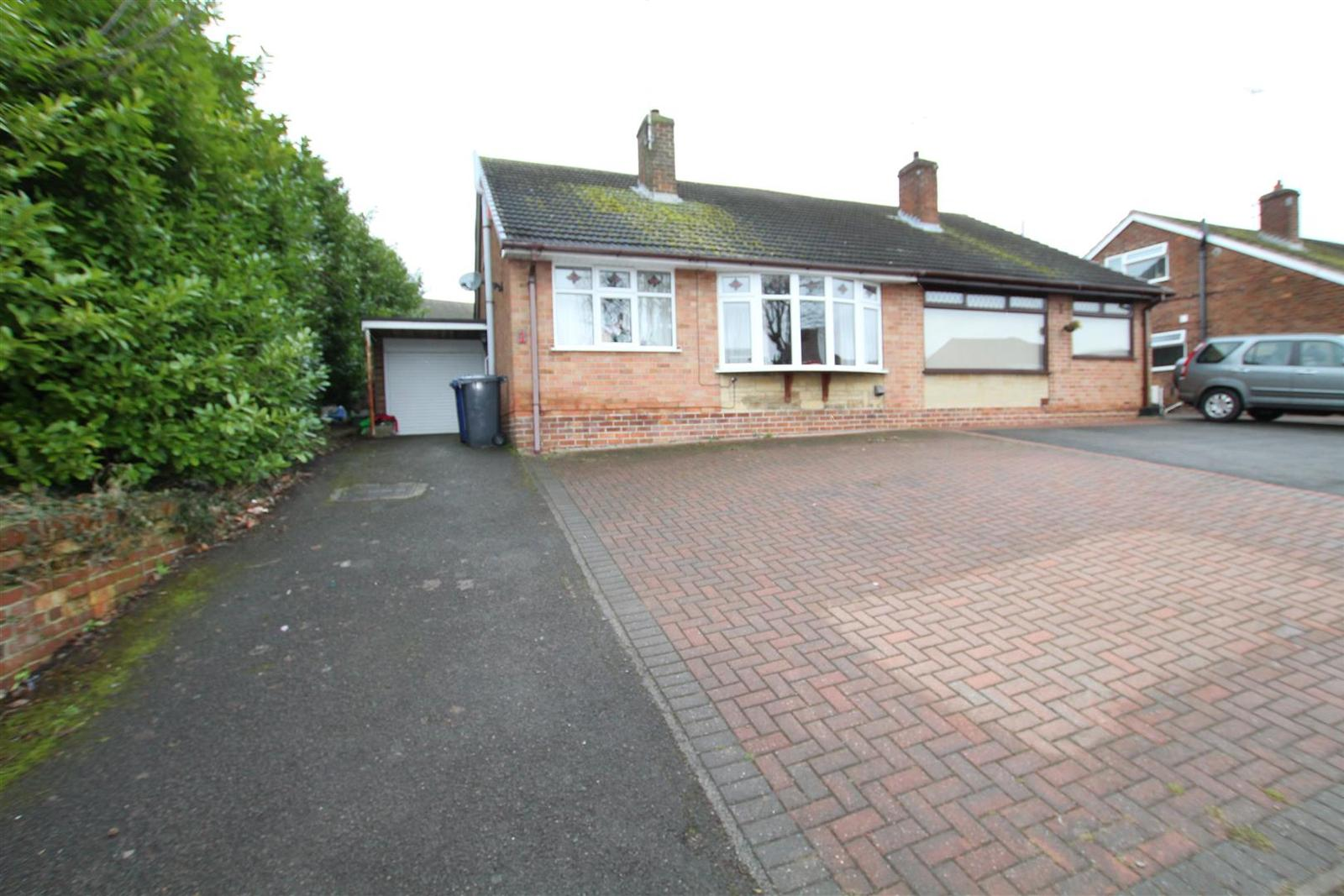 3 Bedrooms Property for sale in Farm Road, Burton