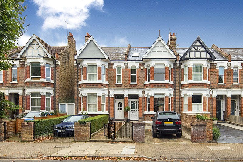 House for sale in Kensal Rise & Queen's Park - Chevening Road, London, NW6