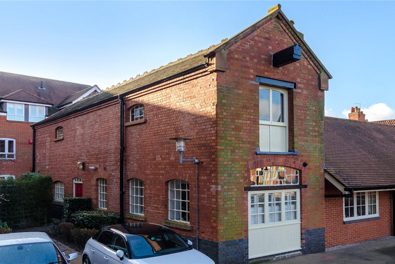 House for sale in Newark - The Gatehouse, Castle Brewery, Newark, NG24