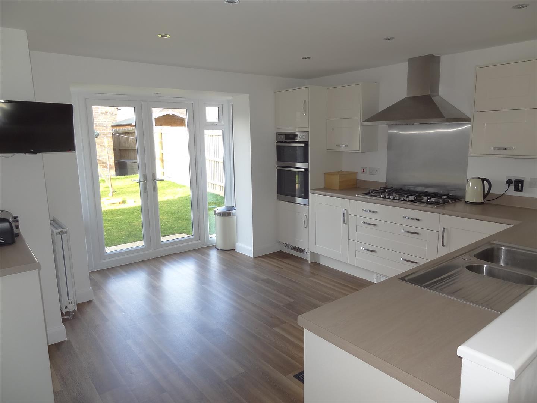 6 Bedrooms Property for sale in Stratten Park, Greylees, Sleaford