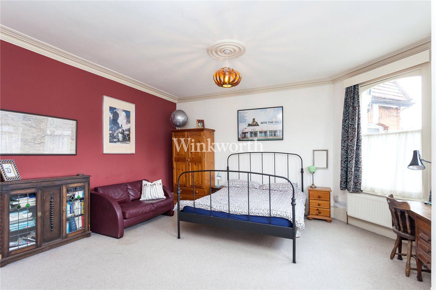 3 Bedroom Property For Sale In Mattison Road Harringay