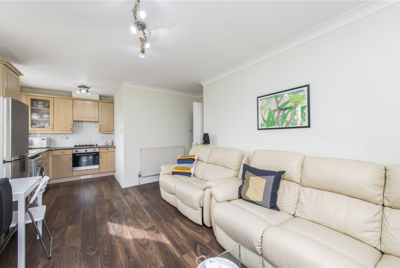 Flat/apartment for sale in Herne Hill - Blades Lodge, 12 Bristowe Close, London, SW2