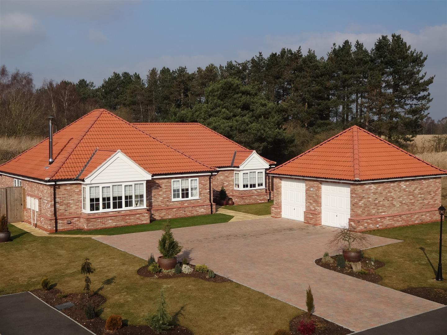 3 Bedrooms Property for sale in Tower Place, Woodhall Spa