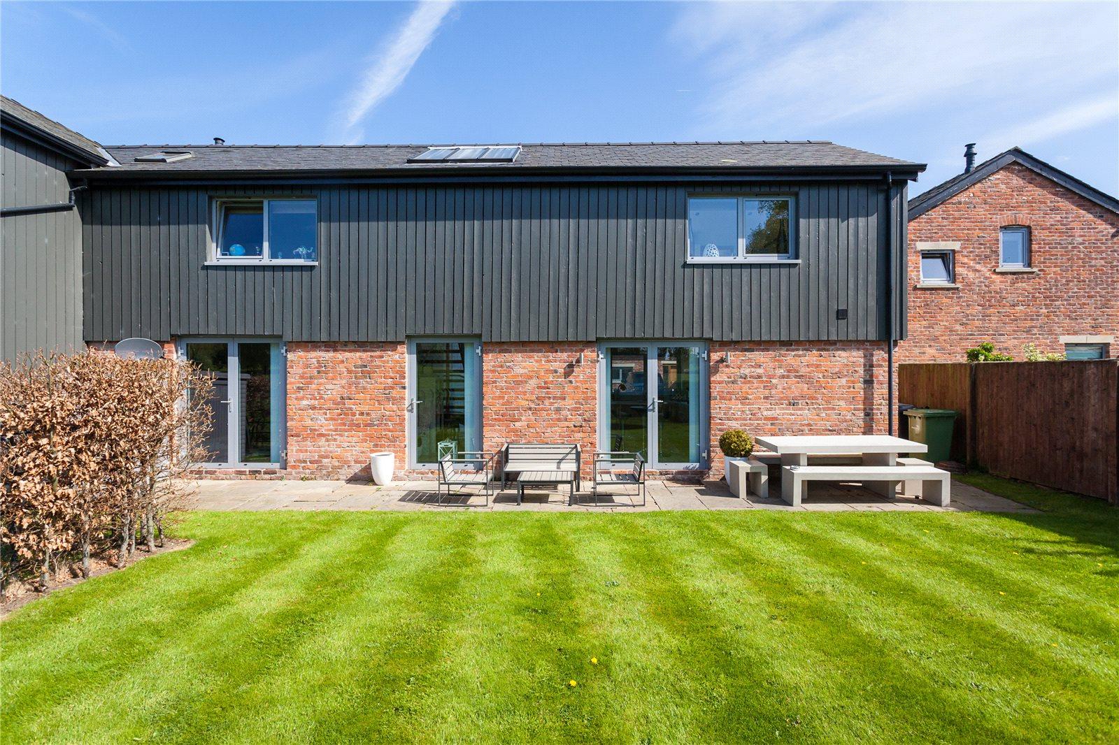 Jackson Stops 2 Bedroom Property For Sale In Harefield Farm