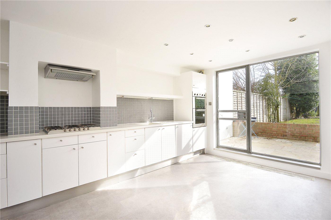 3 bedroom property for sale in Avondale Rise, Peckham Rye, SE15 ...