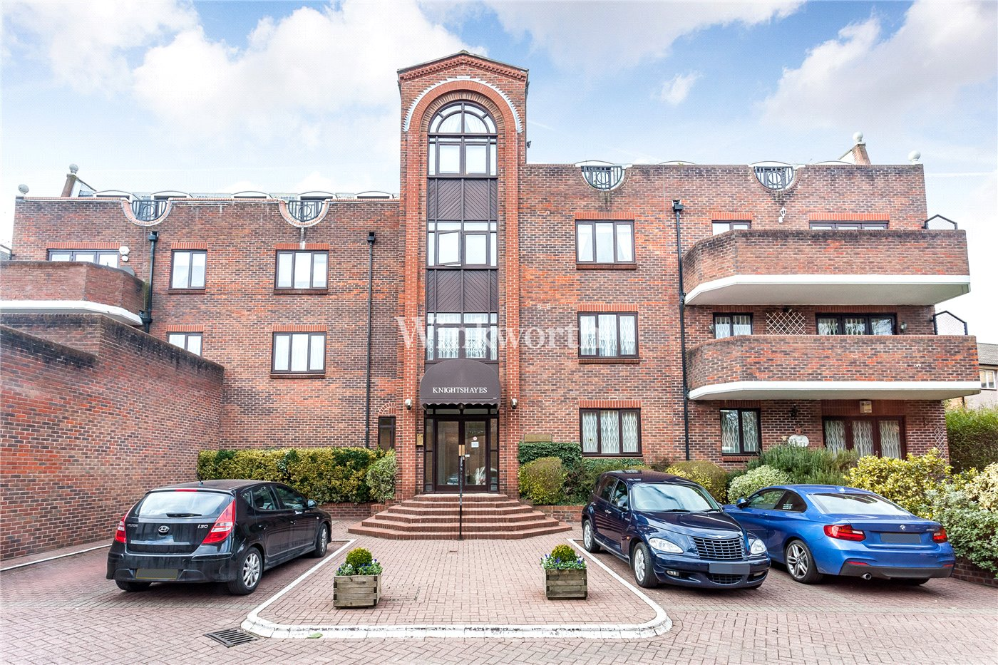 2 Bedroom Property For Sale In Knightshayes House 95