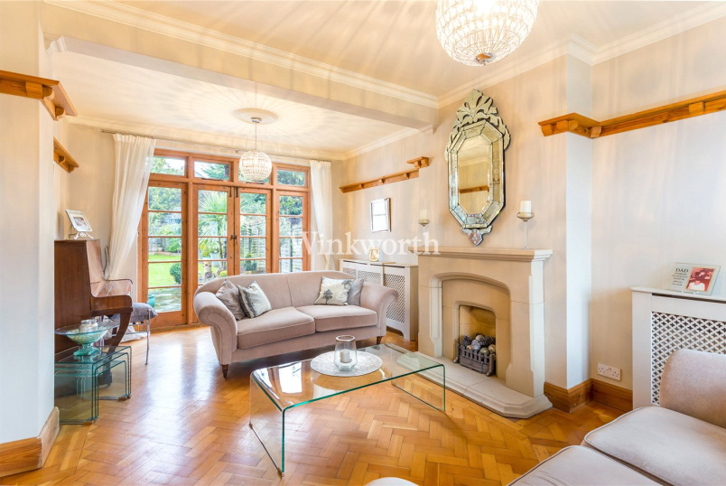 House for sale - Friars Walk, London, N14