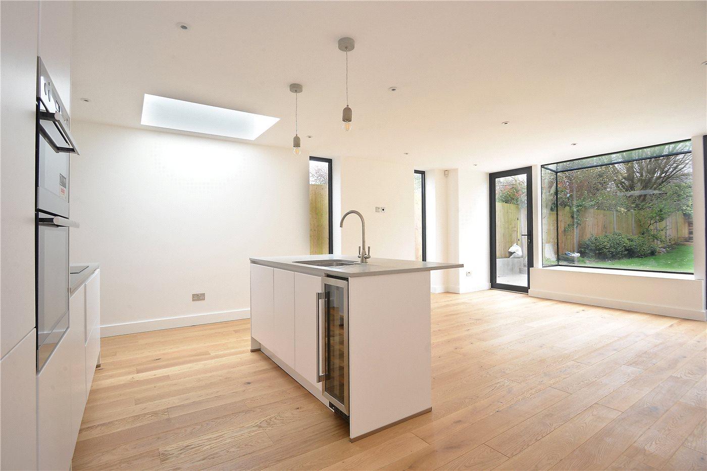 Wonderful Three Double Bedrooms | Ground Floor Victorian Maisonette | Open Plan  Kitchen/Reception | Modern Bathroom U0026 Utility U0026 Shower Room | West Facing  Private ...