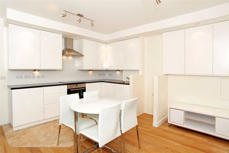 Flat/apartment to rent in Clerkenwell & City - Reids Building, 92 Leather Lane, London, EC1N