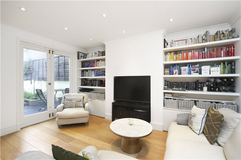Flat/apartment for sale in Hammersmith - Westwick Gardens, Brook Green, W14