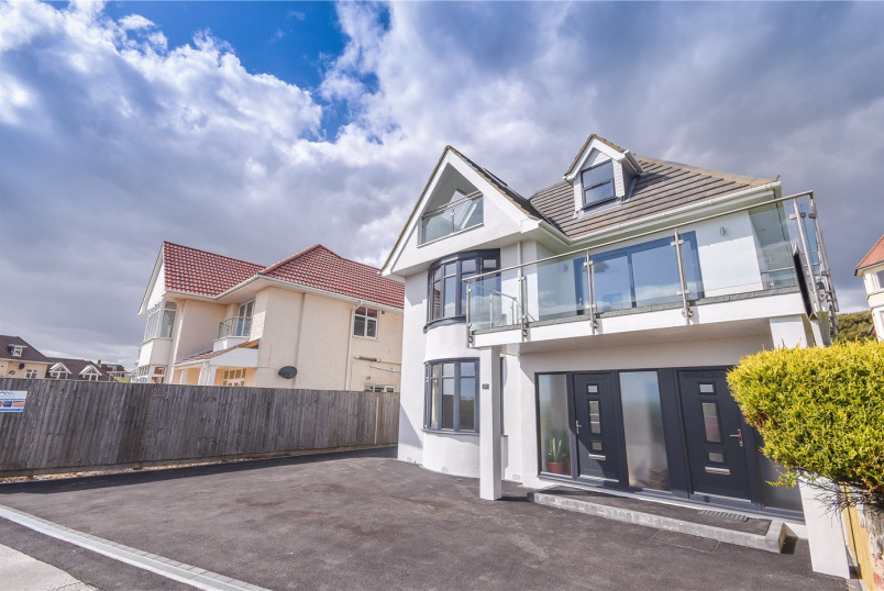 Flat/apartment for sale - Southbourne Overcliff Drive, Bournemouth, Dorset, BH6