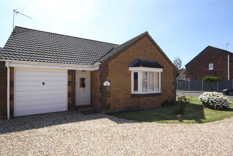 Bungalow for sale in Sleaford - Grange Road, Ruskington, Sleaford, NG34