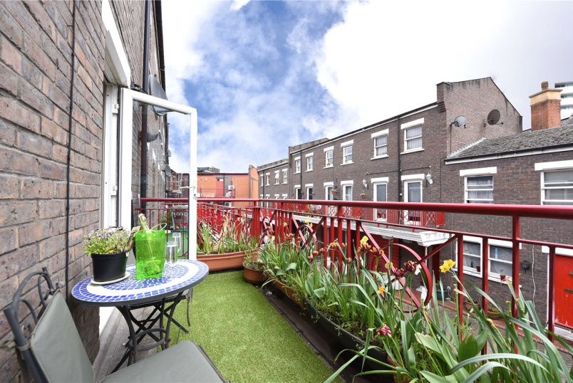 House for sale - Downbury Mews, London, SW18