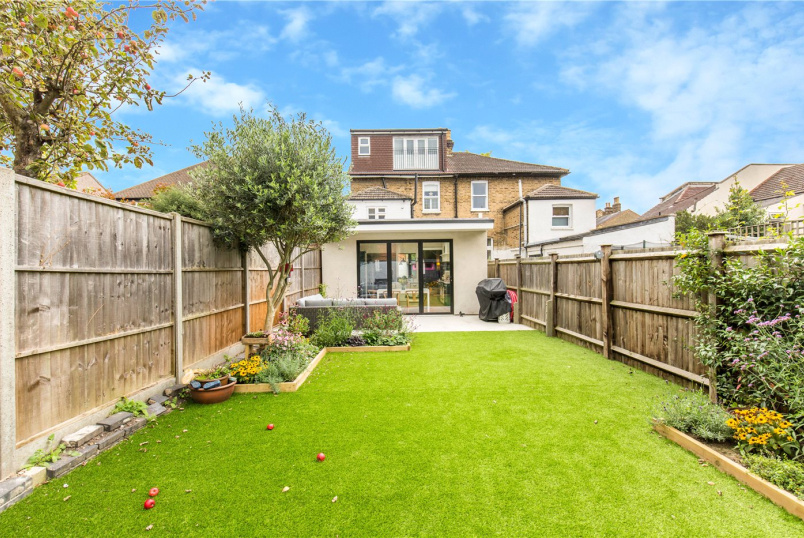 House for sale - Ravenscroft Road, Beckenham, BR3