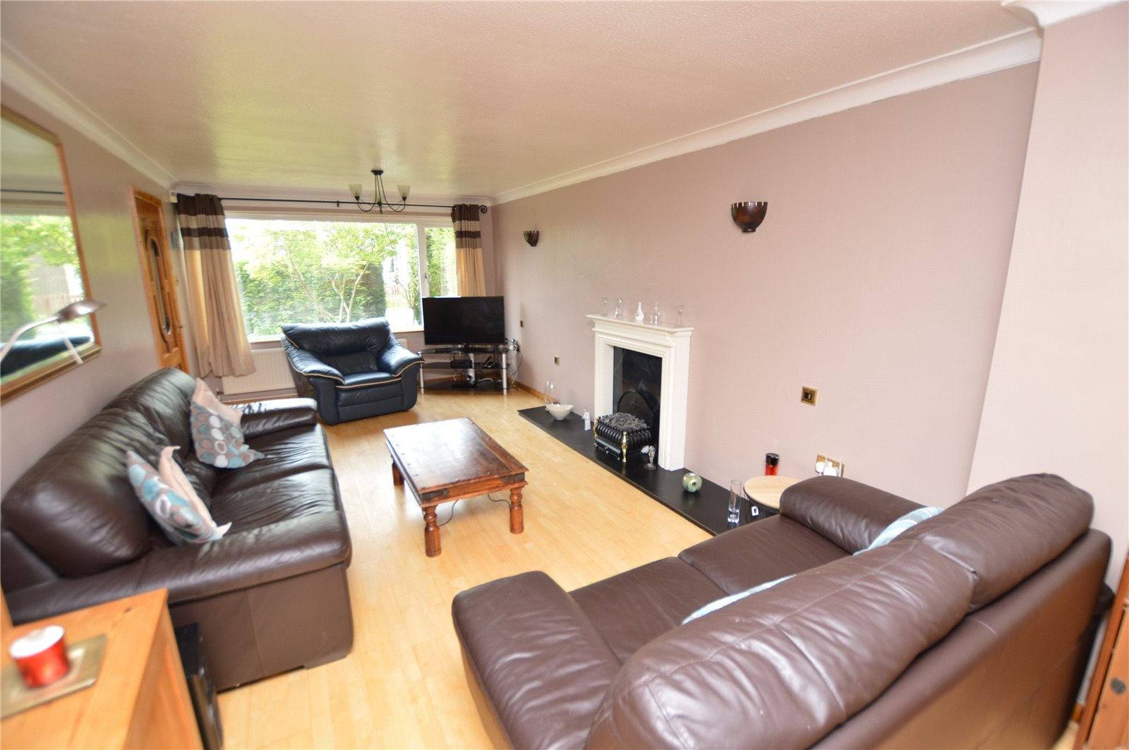 Property for sale in Wetherby, living area