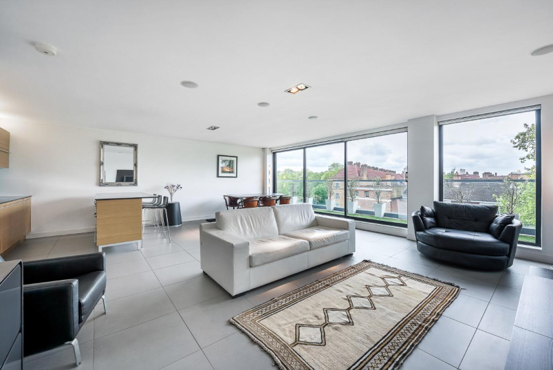 Flat to let - STANNARY STREET, SE11