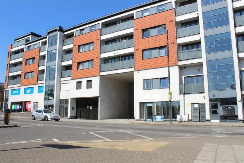 Flat/apartment to let - Duke Court, Station Road, Harrow, HA2