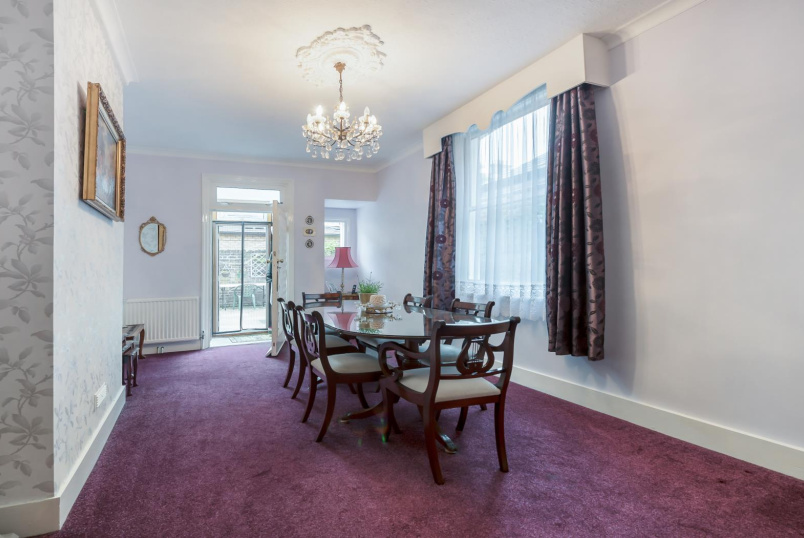 House - terraced for sale - SUMBURGH ROAD, SW12