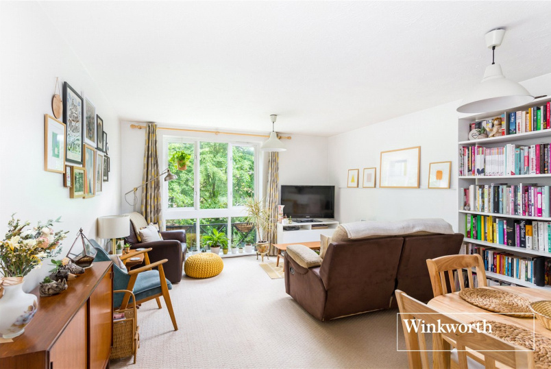 Flat/apartment for sale in Finchley - Kilnsey Court, 15 Winterburn Close, Friern Barnet, N11
