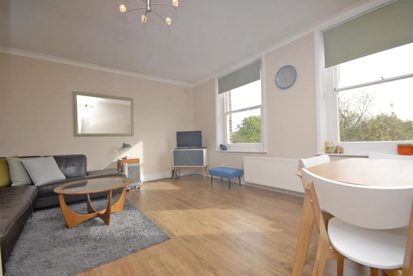 Flat/apartment to let - Kidbrooke Grove, Blackheath, SE3