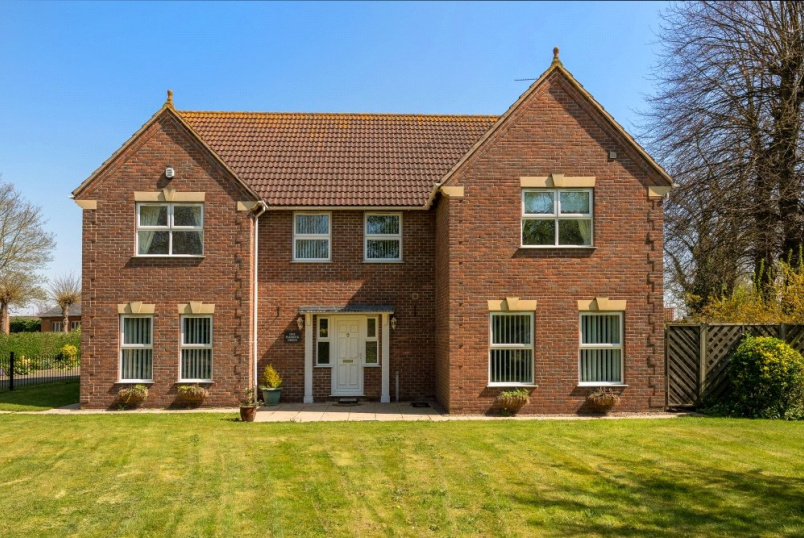 House for sale in Bourne - Paddock Green, Spalding, Lincolnshire, PE11