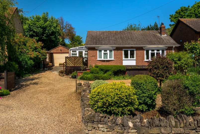 Bungalow for sale - Toft, Bourne, PE10