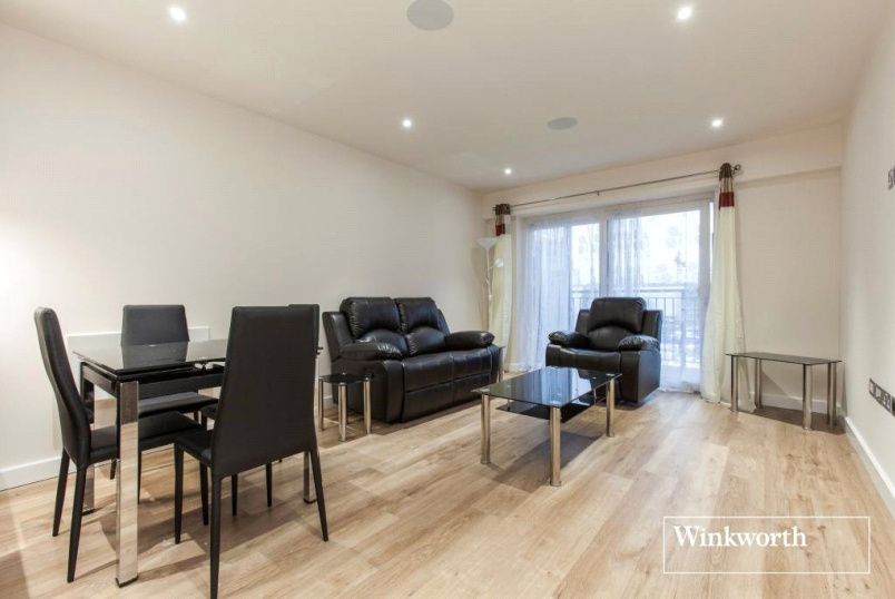 Flat/apartment to let - Chapman House, 24 Aerodrome Road, London, NW9