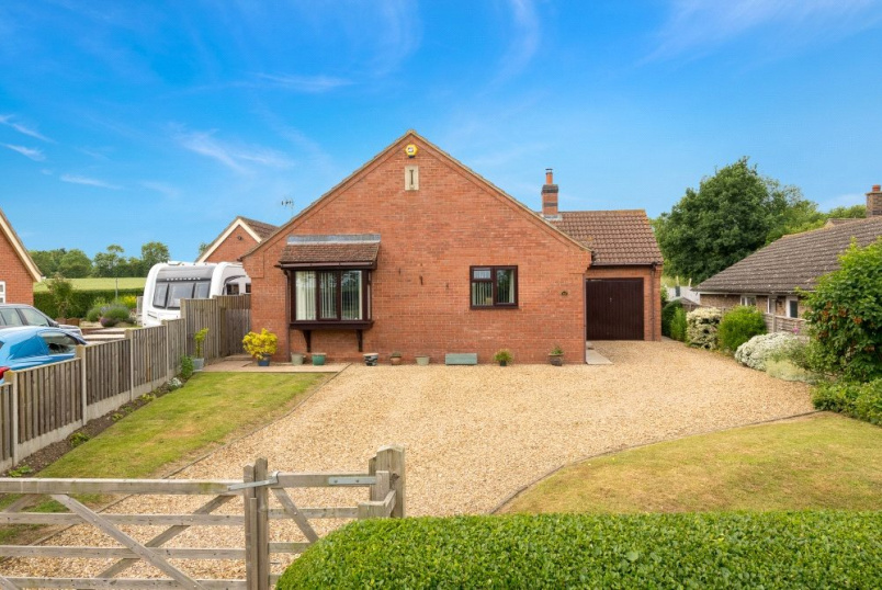 Bungalow for sale in Bourne - High Street, Rippingale, Bourne, PE10