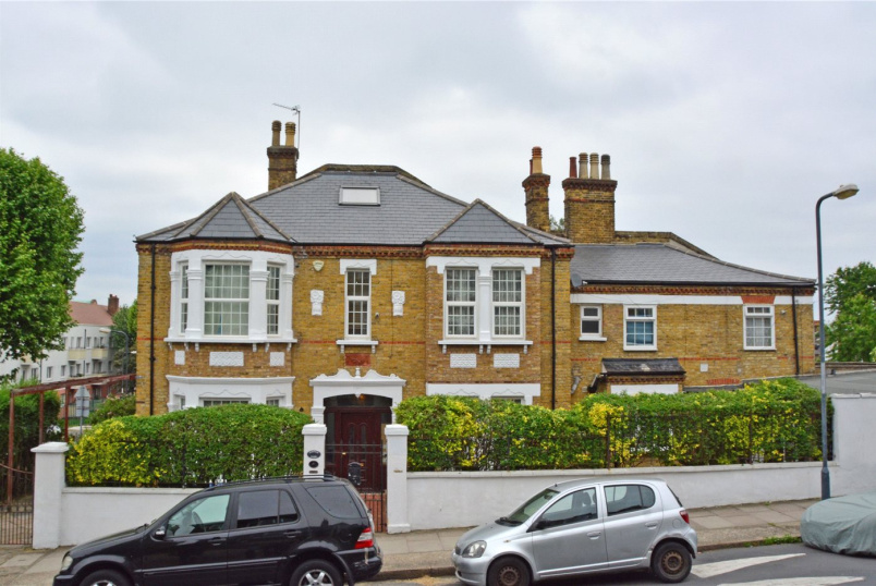 House new instruction - Wrottesley Road, Plumstead, SE18