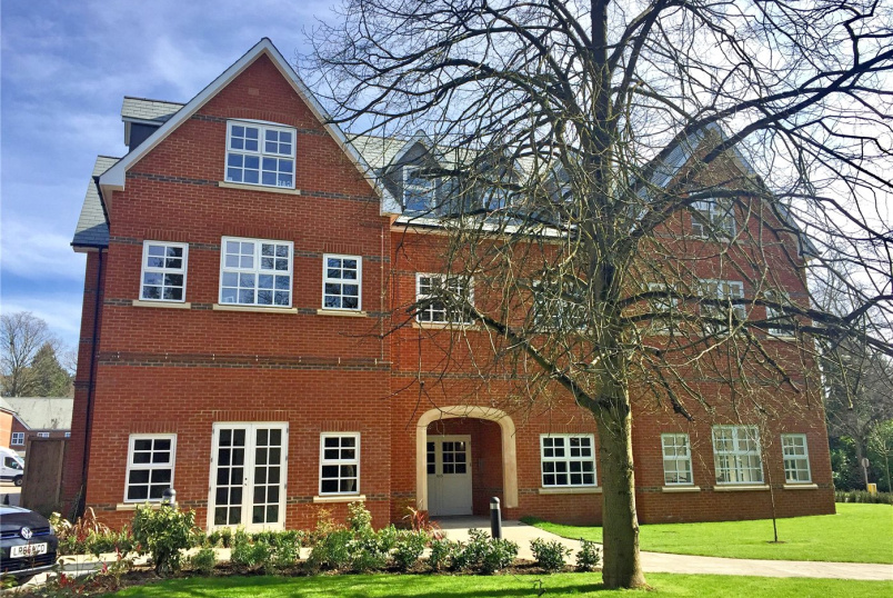 Flat/apartment to rent in Borehamwood & Elstree - Goldring Court, Goldring Way, London Colney, AL2
