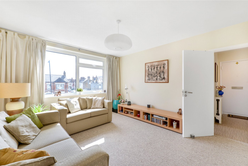 Flat/apartment for sale in Tooting - The Elms, Tooting Bec Road, London, SW17