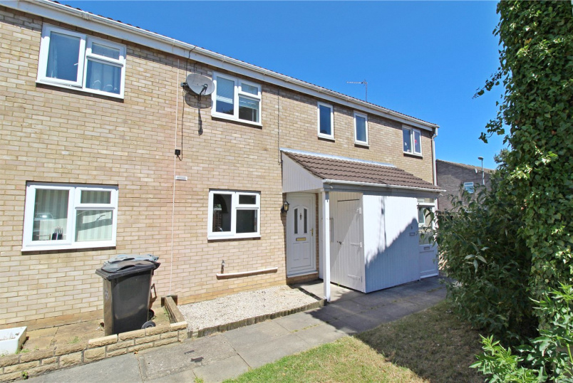 House for sale in Market Deeping - Anson Court, Market Deeping, Peterborough, PE6
